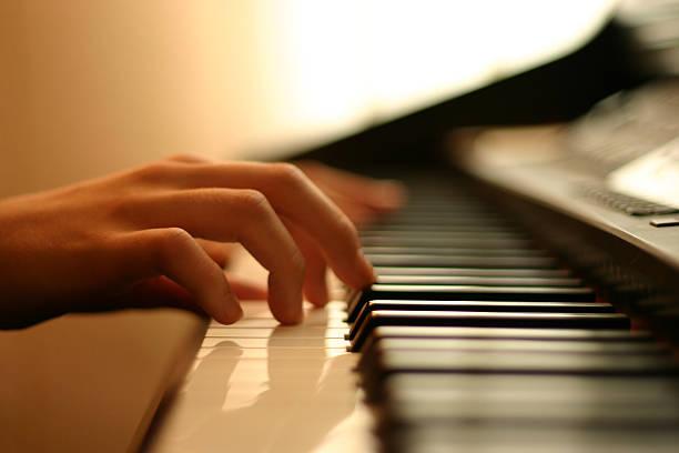 Zo leer je slim piano spelen